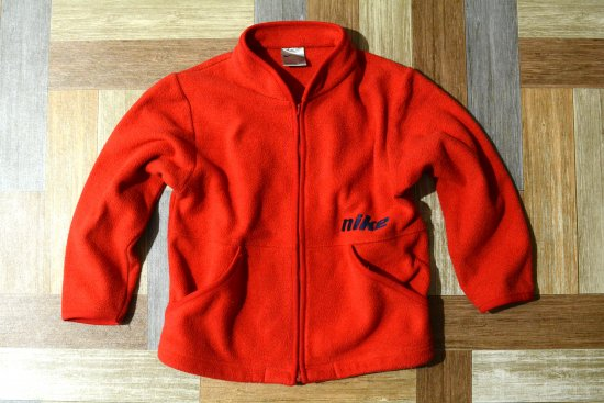NIKE ロゴ フリース ジャケット レッド 120サイズ (キッズ古着)