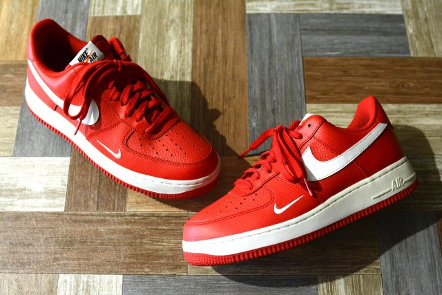 NIKE AIR FORCE 1 LOW UNIVERSITY RED (メンズ古着)