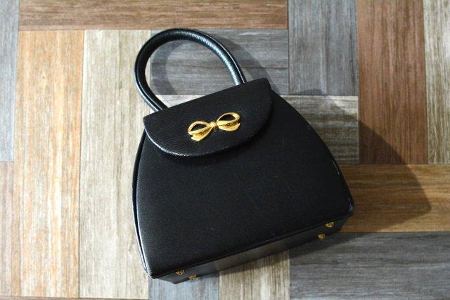90's Vintage HANAE MORI ドーム型 リボン ハンドバッグ ブラック (USED&VINTAGE)