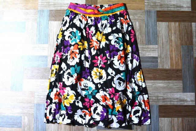 90's Vintage aileen USA製 花柄 イージー スカート ブラック (レディース古着)