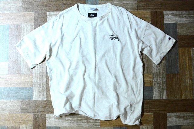 STUSSY × Champion カットオフ ロゴ Tシャツ (メンズ古着)