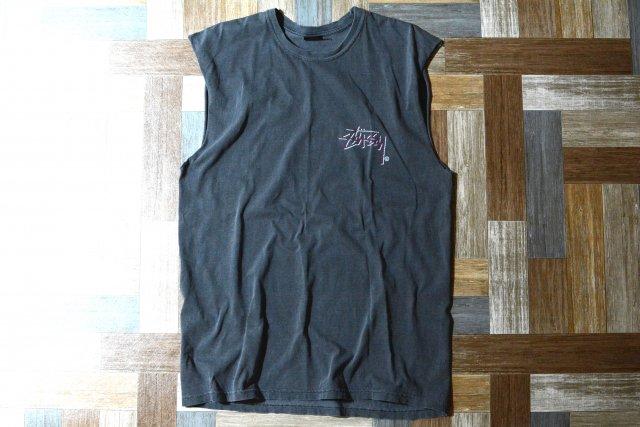 STUSSY カットオフ ノースリーブ ロゴ Tシャツ ウォッシュドブラック (メンズ古着)