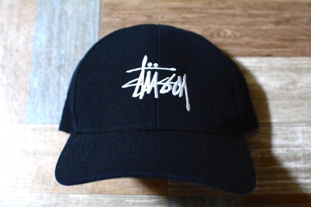 STUSSY 6パネル ロゴ キャップ ブラック (USED&VINTAGE)