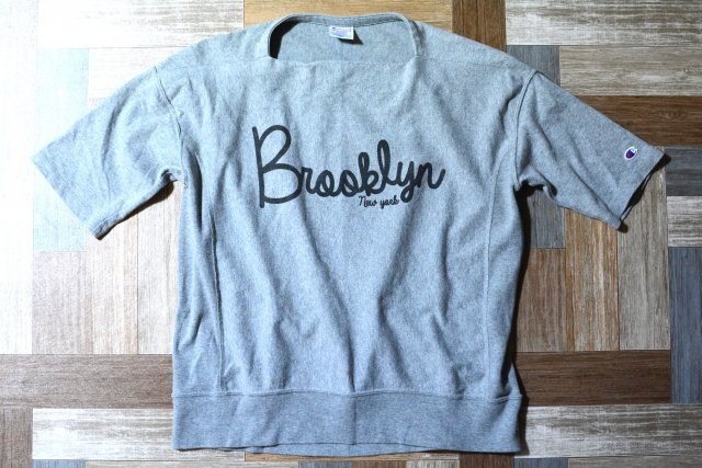 Champion リバースウィーブ Tシャツ Brooklyn 杢グレー (レディース古着)