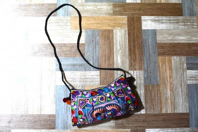 エスニック 刺繍 サコッシュ (USED&VINTAGE)