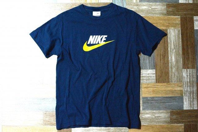 90's Vintage NIKE ロゴ Tシャツ ネイビー×イエロー (メンズ古着)
