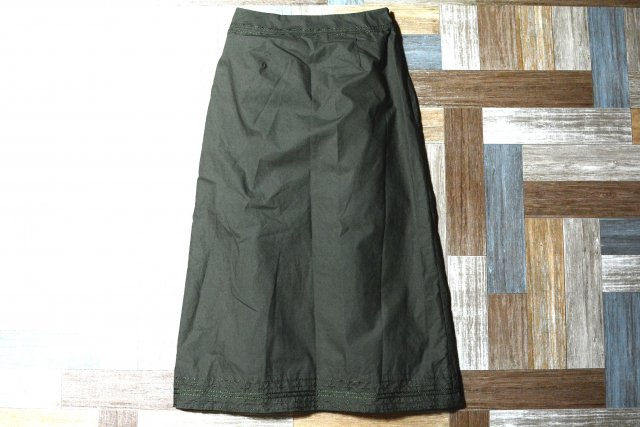 Vintage laura ashley 刺繍 スカート オリーブグリーン (レディース古着)