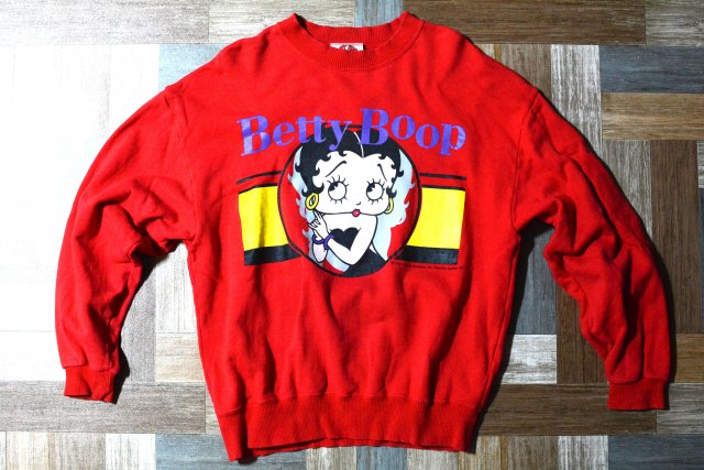 90's Vintage BETTY BOOP プリント スウェット レッド (メンズ古着)