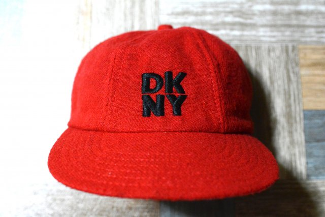 90's Vintage DKNY USA製 ウール ロゴ キャップ レッド (USED&VINTAGE)