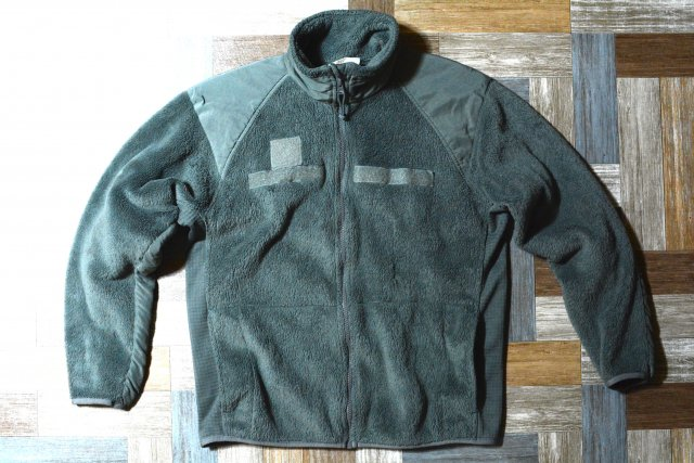 Vintage US ARMY USA製 GEN � POLARTEC フリース ジャケット フォリッジグリーン (メンズ古着)