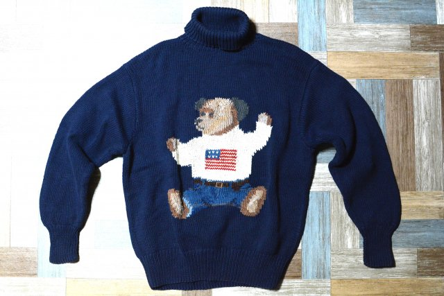 <img class='new_mark_img1' src='https://img.shop-pro.jp/img/new/icons5.gif' style='border:none;display:inline;margin:0px;padding:0px;width:auto;' />90's Vintage POLO RALPH LAUREN コットン ポロベアー タートルネック ハンドニット セーター ネイビー (メンズ古着)