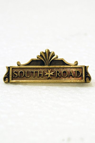 SOUTH ROAD ICON BROOCH