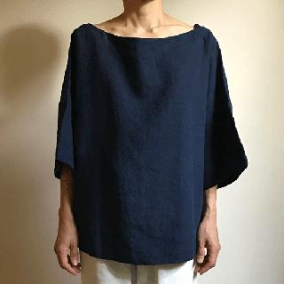 ヤオイタカスミ ボートネックシャツ