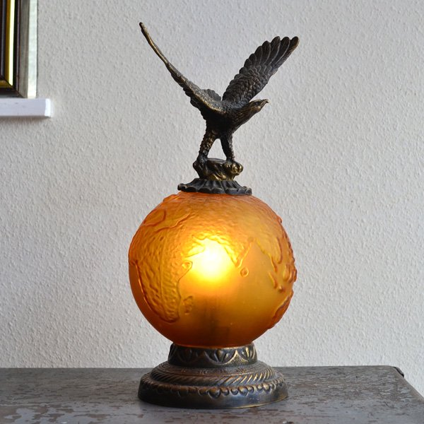 1970's EAGLE TABLE LAMP