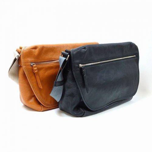 【アウトレット/バングラ】タウンユースに優れた牛革製メッセンジャーバッグ メッセンジャーバッグ
