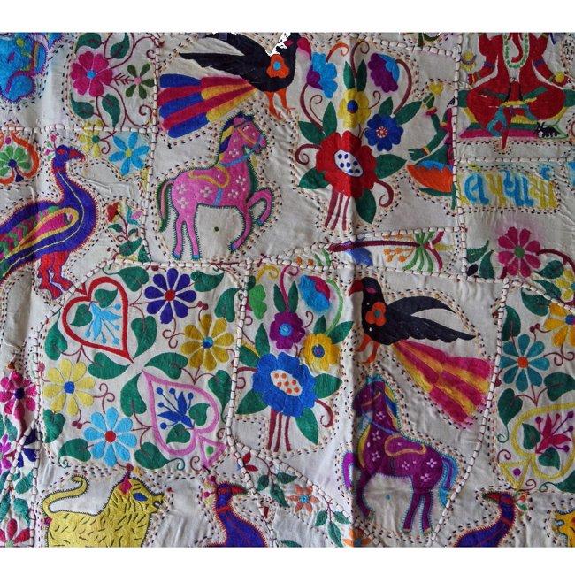 インド サウラシュトラ 刺繍 タペストリーB