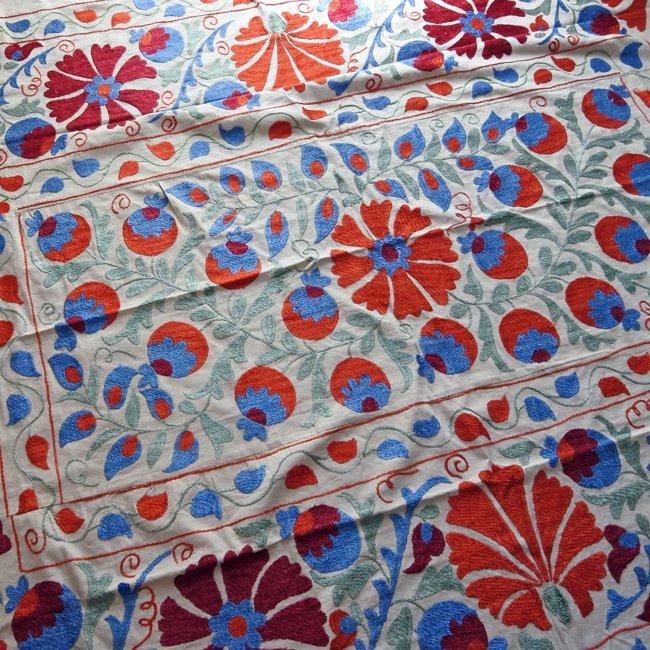 スザニ アフガニスタンの刺繍布 新品 No.2