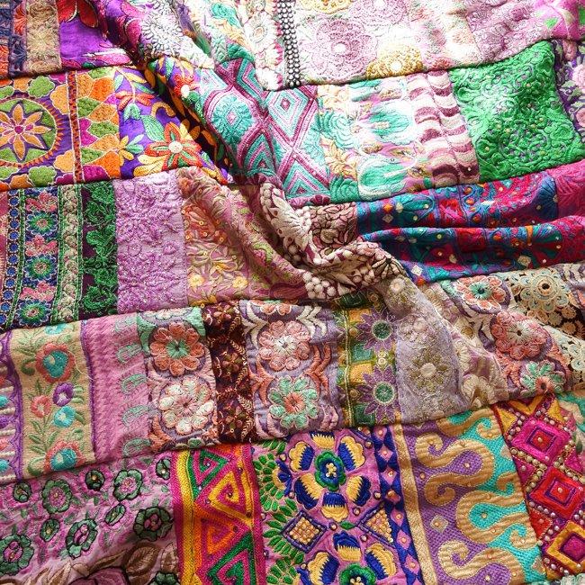 インド 刺繍 パッチワーク ベッドカバー パープル系