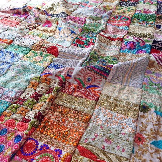 インド 刺繍 パッチワーク ベッドカバー ホワイト系