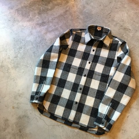 "NITEKLUB  ""N Buffalo Check Shirt""  WHITE×BLACK"