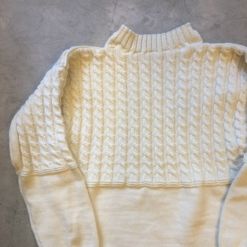 "Guernsey Woollens 別注 ""VINTAGE ROPE TRADITIONAL"" GUERNSEY SWEATER Off White"