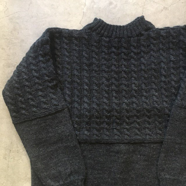 "Guernsey Woollens 別注    ""VINTAGE ROPE TRADITIONAL""    GUERNSEY SWEATER    Charcoal Gray"