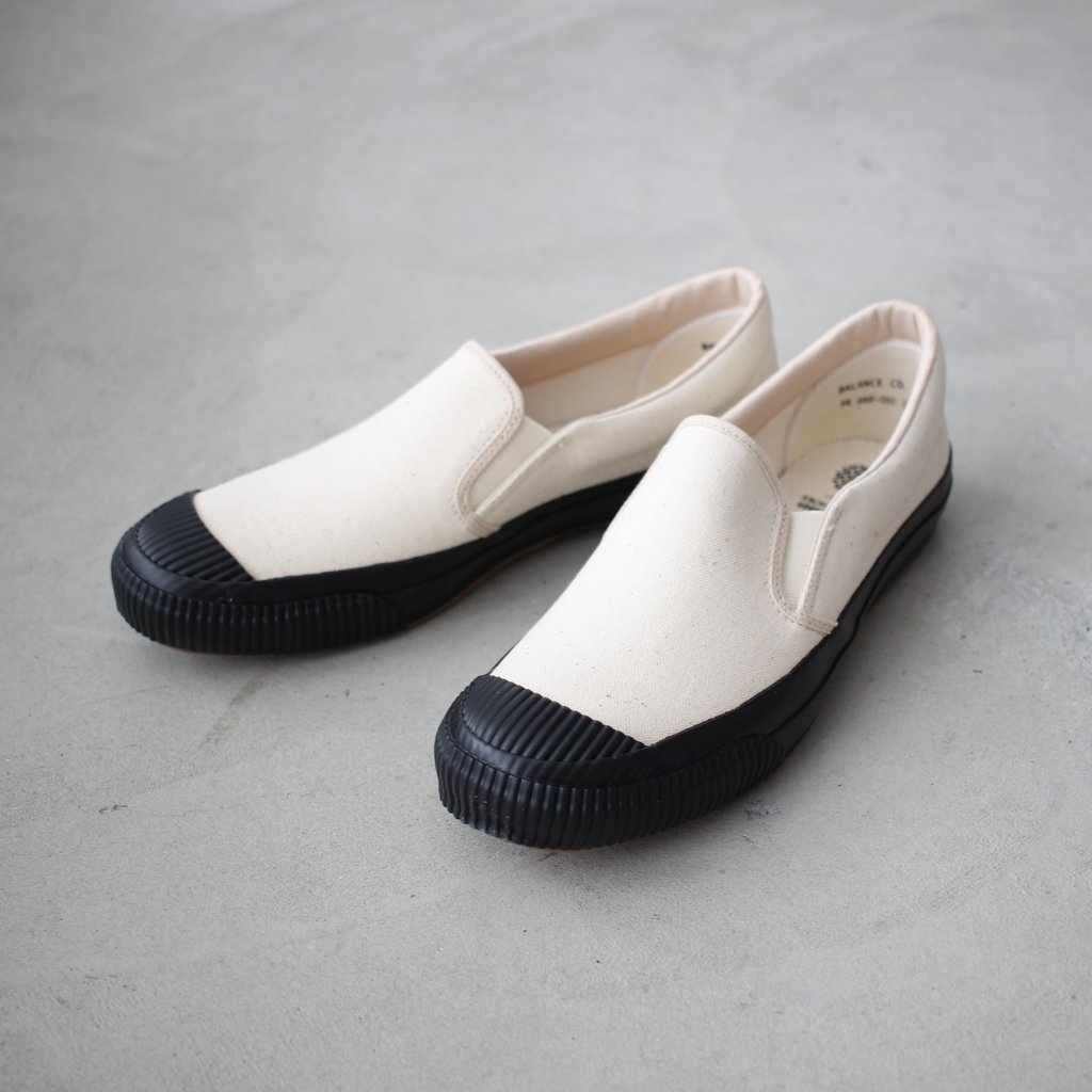 Select - Shoes | 靴 SHELLCAP SLIPON #kinari×black