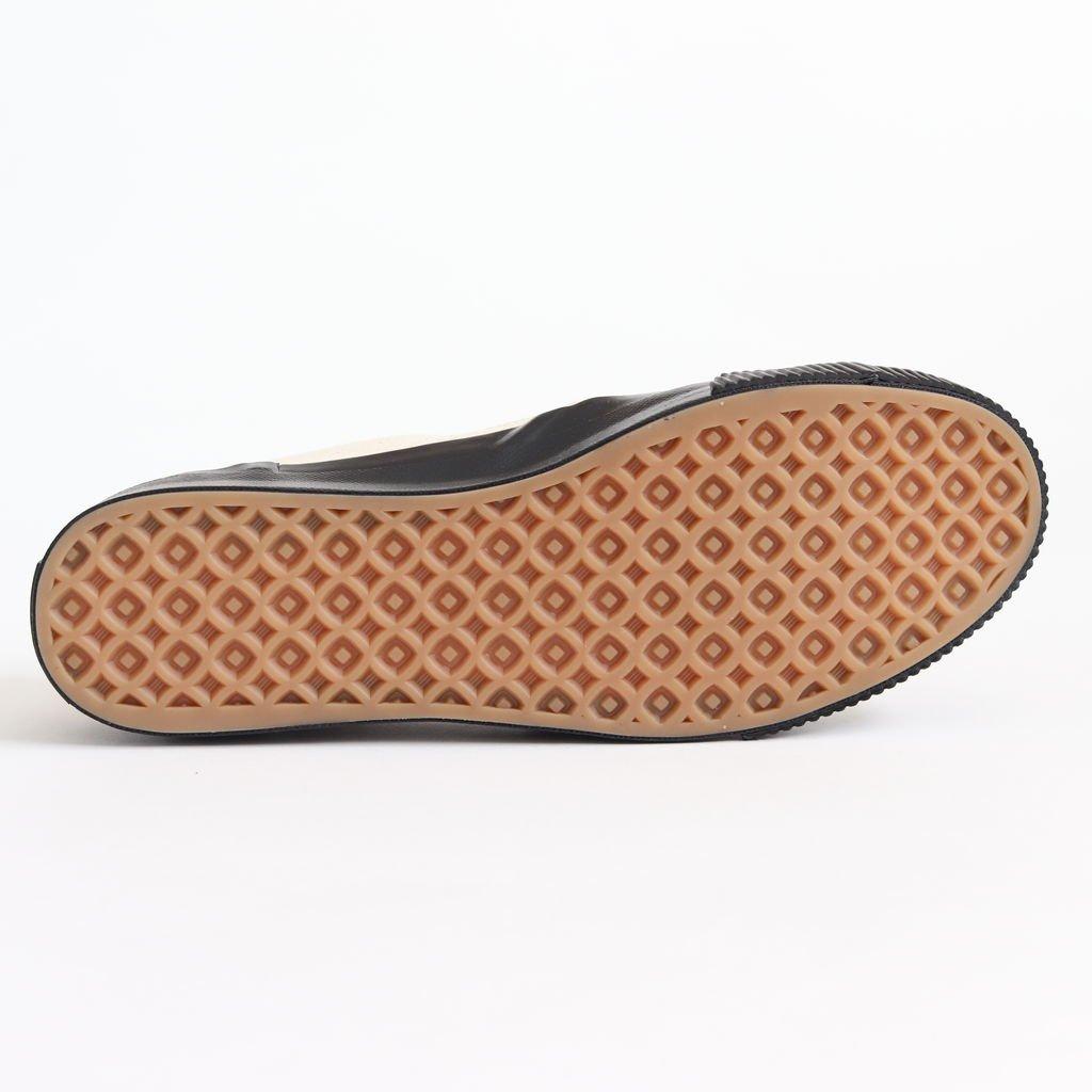 SHELLCAP MOULD SLIP-ON #KINARI/BLACK [PRAS-06-001]