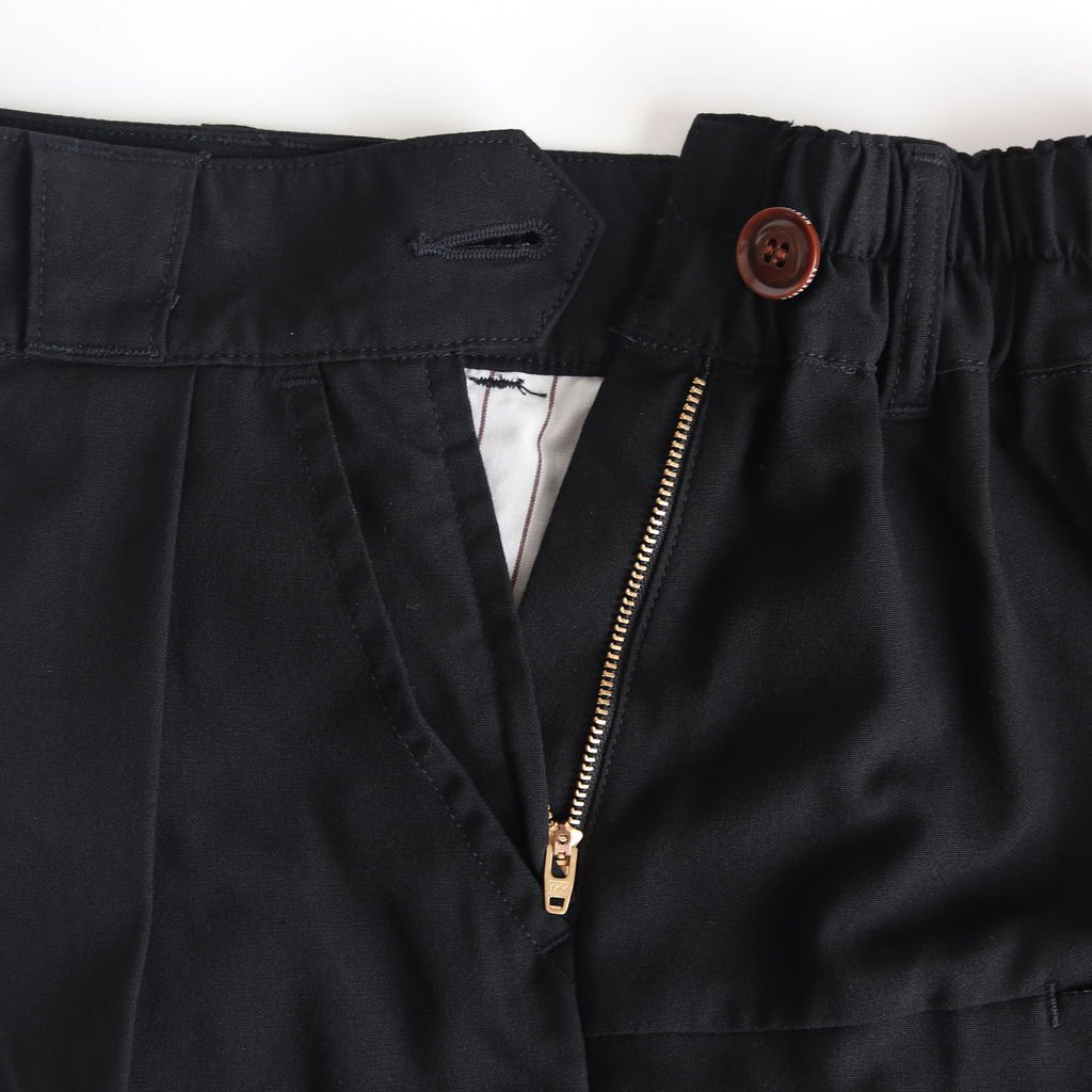 WIDE EGG CROPPED PANTS T/R TROPICAL #BLACK [A21502]