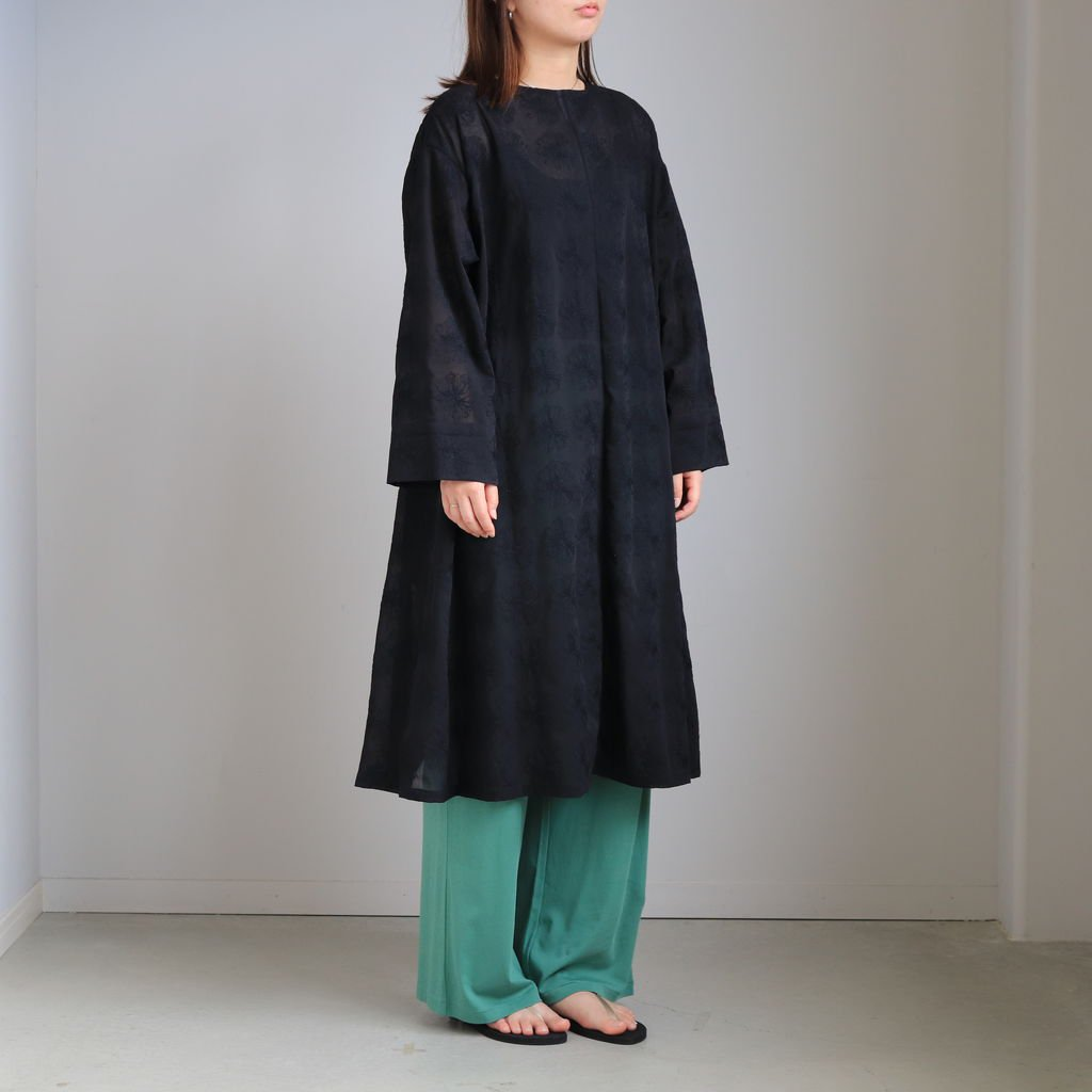 <img class='new_mark_img1' src='https://img.shop-pro.jp/img/new/icons1.gif' style='border:none;display:inline;margin:0px;padding:0px;width:auto;' />WIND/ONE-PIECE #BLACK [20SS11-1]