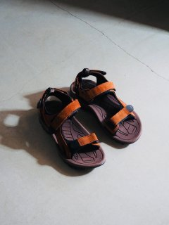 [DEADSTOCK] '00s BRITISH ARMY TROPICAL SANDALS<img class='new_mark_img2' src='//img.shop-pro.jp/img/new/icons1.gif' style='border:none;display:inline;margin:0px;padding:0px;width:auto;' />