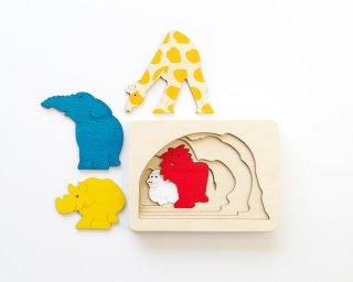 [3歳-]ピープパズル・きりん〈木製入れ子パズル〉George Luck