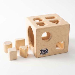 [1歳半-]形の分類と保存性の概念を理解する箱〈木製型はめパズル〉TAG
