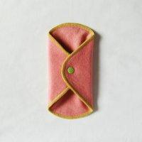 ボタン付ライナー(BL)茜染め 糸:黄緑