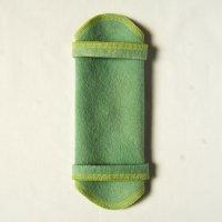 ホルダー(H)えんじゅ+藍染め 糸:黄緑