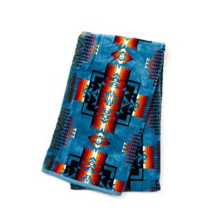 <img class='new_mark_img1' src='//img.shop-pro.jp/img/new/icons16.gif' style='border:none;display:inline;margin:0px;padding:0px;width:auto;' />Oversized Jacguard Towels 【PENDLETON(ペンドルトン)】 通販