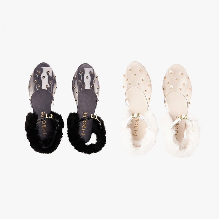 STUDS & FUR CLEAR SANDAL