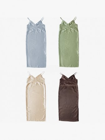 <img class='new_mark_img1' src='//img.shop-pro.jp/img/new/icons5.gif' style='border:none;display:inline;margin:0px;padding:0px;width:auto;' />MARTE Satin Camisole Onepiece