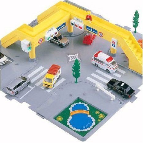 Tomica Town Road Crossing (Japan) ミニカー ミニチュア 模型 プレイセット自動車 ダイキャスト