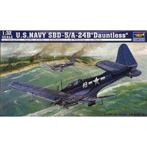 Trumpeter 1/32 SBD5/A24B Dauntless US Navy Aircraft ミニカー ミニチュア 模型 プレイセット自動車 ダ