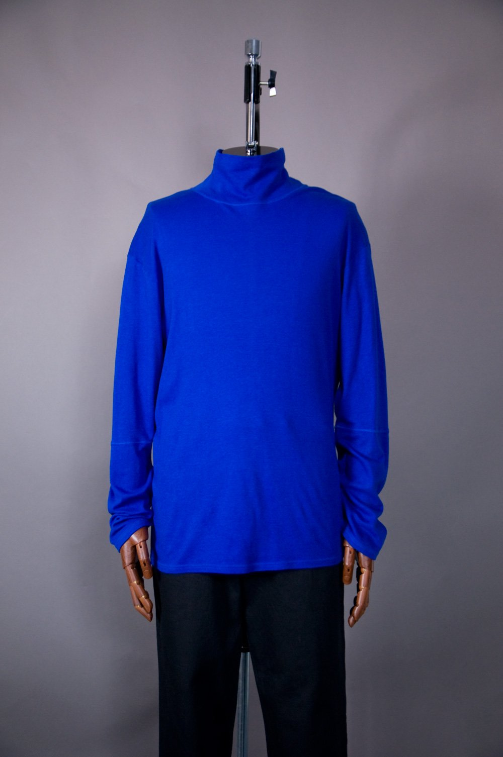 Hi Neck Long Sleeve T Shirt