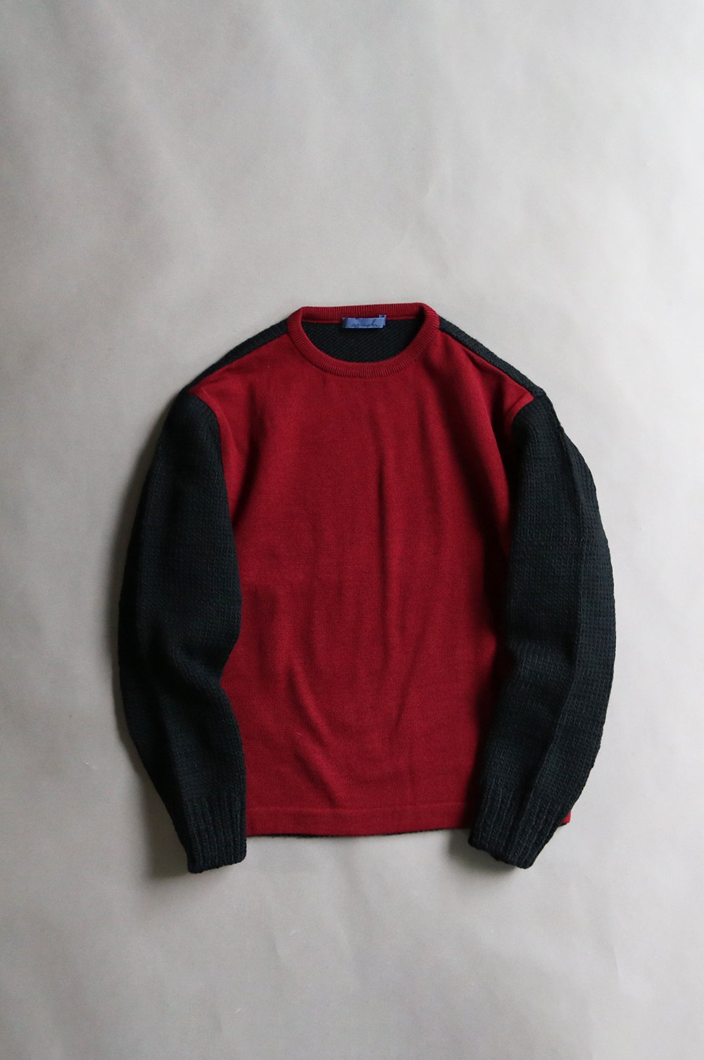 Switching wool knit pullover