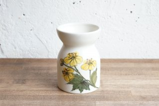 <img class='new_mark_img1' src='https://img.shop-pro.jp/img/new/icons8.gif' style='border:none;display:inline;margin:0px;padding:0px;width:auto;' />Arabia [Hilkka- Liisa Ahola]] Vase (yellow flower) /  アラビア [ ヒルッカ・リサ・アホラ ] フラワーベース(イエローフラワー)
