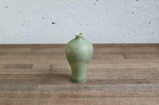 <img class='new_mark_img1' src='https://img.shop-pro.jp/img/new/icons8.gif' style='border:none;display:inline;margin:0px;padding:0px;width:auto;' />Arabia [Annikki Hovisaari]  Small Vase (Green) / アラビア [アンニッキ・ホヴィサーリ] スモールベース (グリーン)