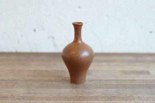 <img class='new_mark_img1' src='https://img.shop-pro.jp/img/new/icons8.gif' style='border:none;display:inline;margin:0px;padding:0px;width:auto;' />Arabia [Annikki Hovisaari]  Small Vase (Brown) / アラビア [アンニッキ・ホヴィサーリ] スモールベース (ブラウン)