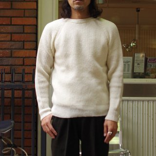 <img class='new_mark_img1' src='https://img.shop-pro.jp/img/new/icons20.gif' style='border:none;display:inline;margin:0px;padding:0px;width:auto;' />H. ROBINSON KNITTING/エイチロビンソンニッティング クルーネックセーター Half Card.Stitch P/O