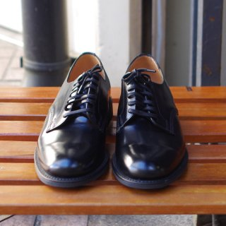 <img class='new_mark_img1' src='https://img.shop-pro.jp/img/new/icons20.gif' style='border:none;display:inline;margin:0px;padding:0px;width:auto;' />SANDERS(サンダース) OFFICER SHOE/オフィサーシューズ プレーントゥ ブラック
