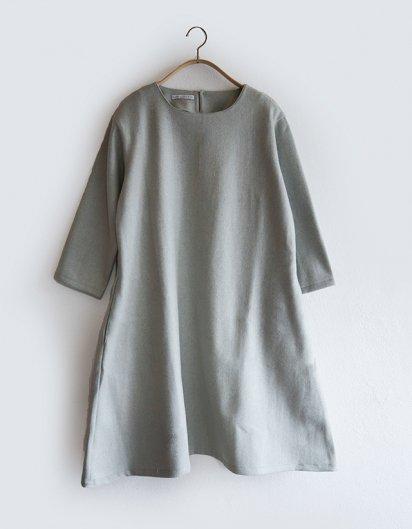 カシミール手織りウールAラインワンピース  Light blue
