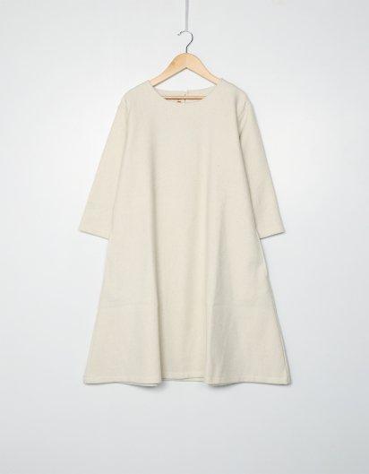 カシミール手織りウールAラインワンピース  White