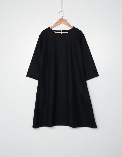 カシミール手織りウールAラインワンピース  Black